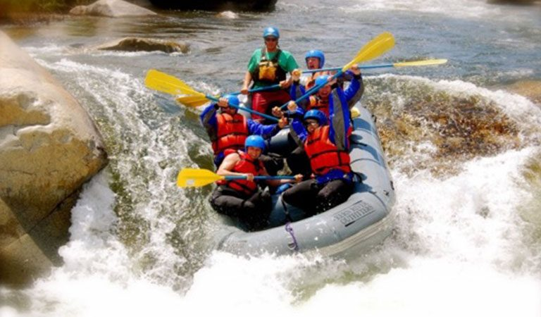 Kostarika MANUEL ANTONIO Savergree rafting